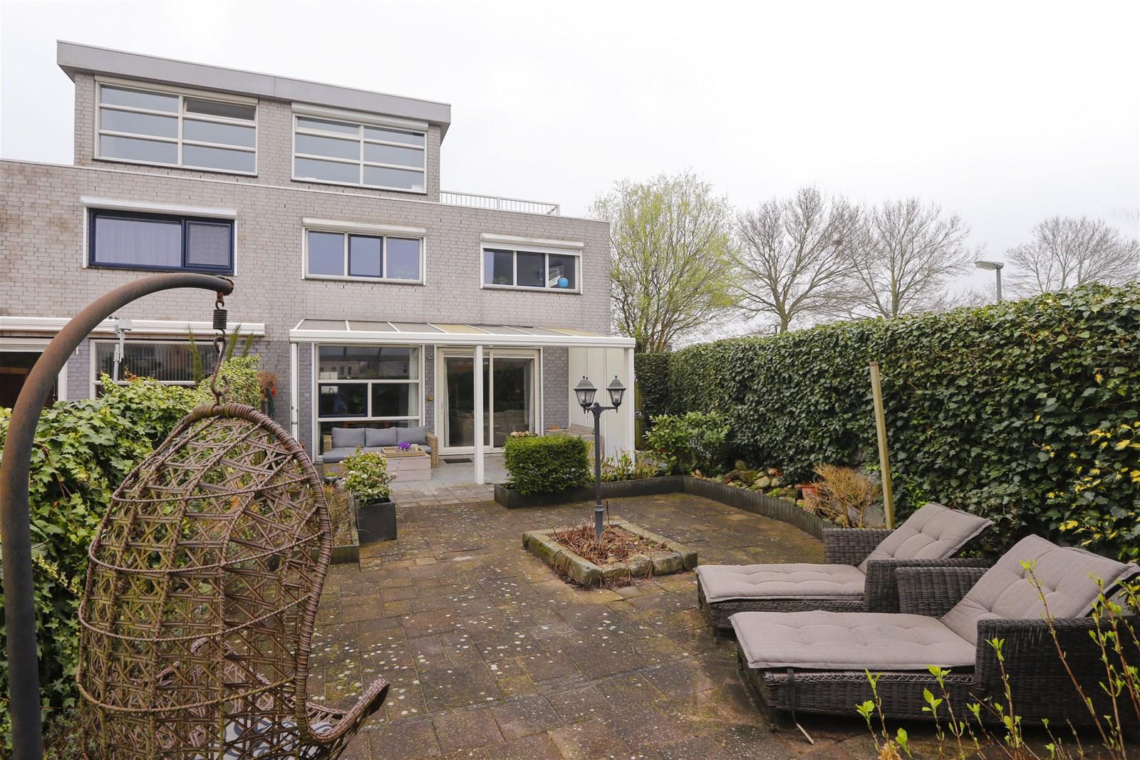 Nieuwe Badkamer Dordrecht : Palissander dordrecht oudelandshoek advema